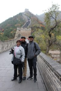 lee-family-on-great-wall